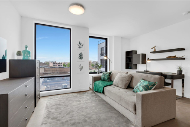 Studio, Long Island City Rental in NYC for $2,360 - Photo 1