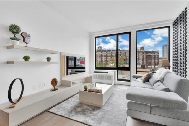 1 Bedroom, Long Island City Rental in NYC for $2,933 - Photo 1