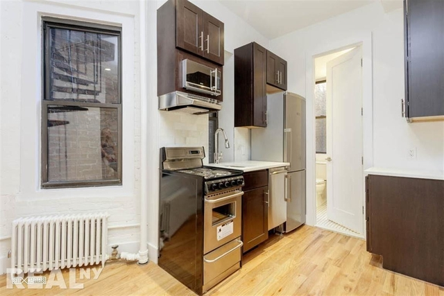 2 Bedrooms, Hudson Square Rental in NYC for $4,500 - Photo 2