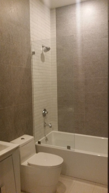 2 Bedrooms, East Williamsburg Rental in NYC for $2,695 - Photo 2