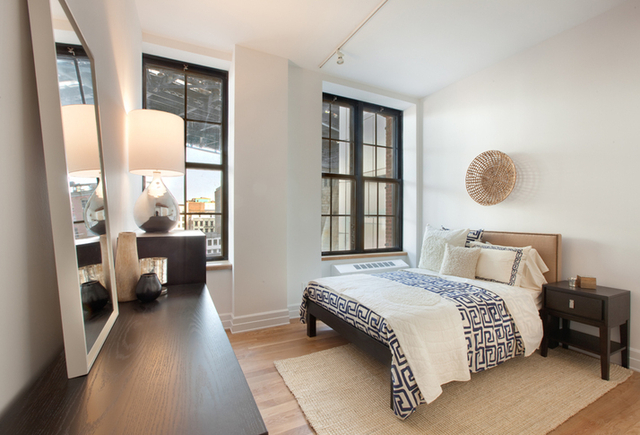 2 Bedrooms, DUMBO Rental in NYC for $5,385 - Photo 2