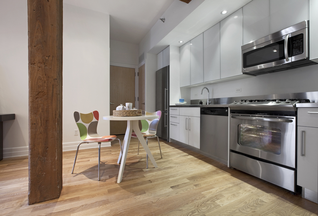 2 Bedrooms, DUMBO Rental in NYC for $5,385 - Photo 1