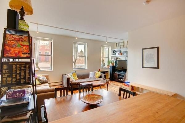 2 Bedrooms, SoHo Rental in NYC for $3,375 - Photo 2