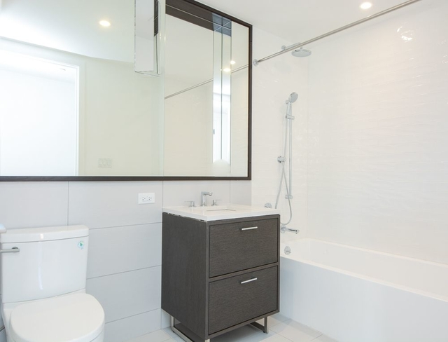 2 Bedrooms, Crown Heights Rental in NYC for $3,115 - Photo 2