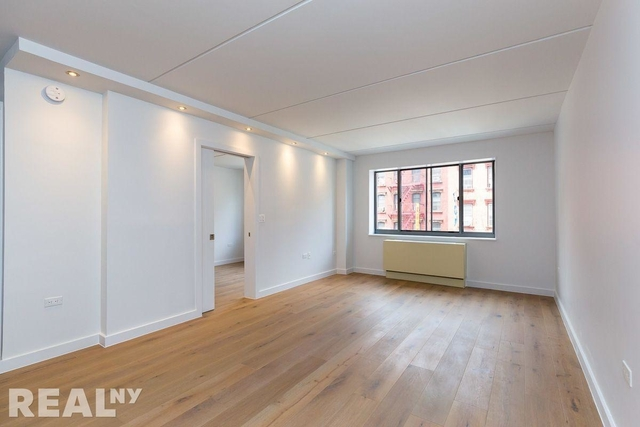 1 Bedroom, Two Bridges Rental in NYC for $3,697 - Photo 1