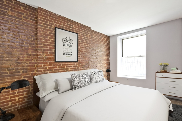 3 Bedrooms, Hell's Kitchen Rental in NYC for $3,495 - Photo 1