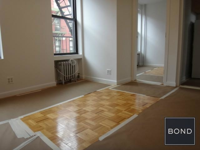 3 Bedrooms, Little Italy Rental in NYC for $4,500 - Photo 2