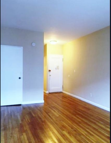 Studio, Yorkville Rental in NYC for $2,199 - Photo 2