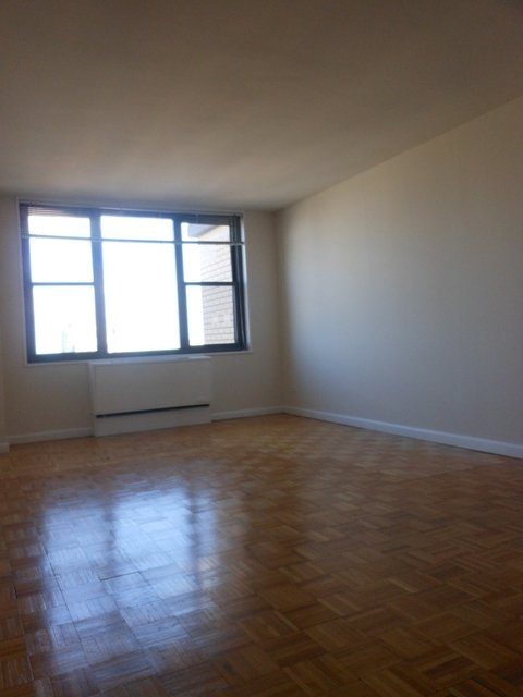 1 Bedroom, Yorkville Rental in NYC for $3,690 - Photo 2