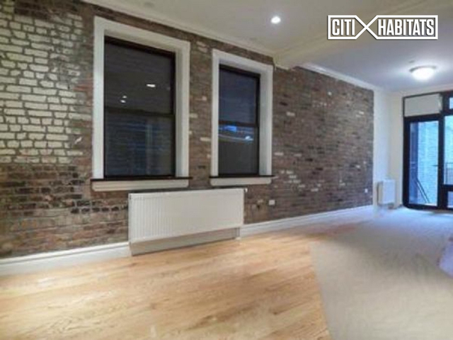 3 Bedrooms, Alphabet City Rental in NYC for $6,295 - Photo 1