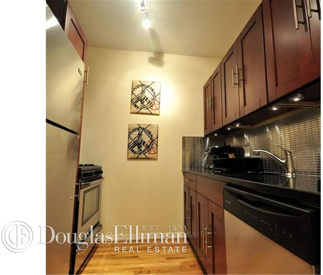 3 Bedrooms, East Village Rental in NYC for $7,995 - Photo 1