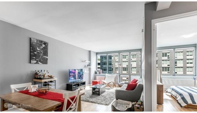 2 Bedrooms, Hunters Point Rental in NYC for $6,145 - Photo 1