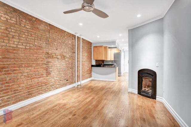 2 Bedrooms, East Village Rental in NYC for $4,887 - Photo 1
