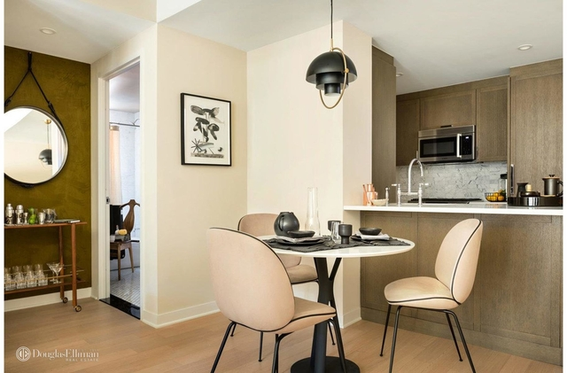 2 Bedrooms, Hudson Square Rental in NYC for $9,145 - Photo 2