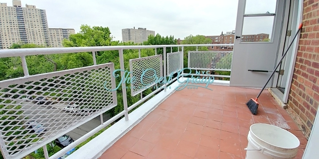 2 Bedrooms, Spuyten Duyvil Rental in NYC for $2,450 - Photo 2