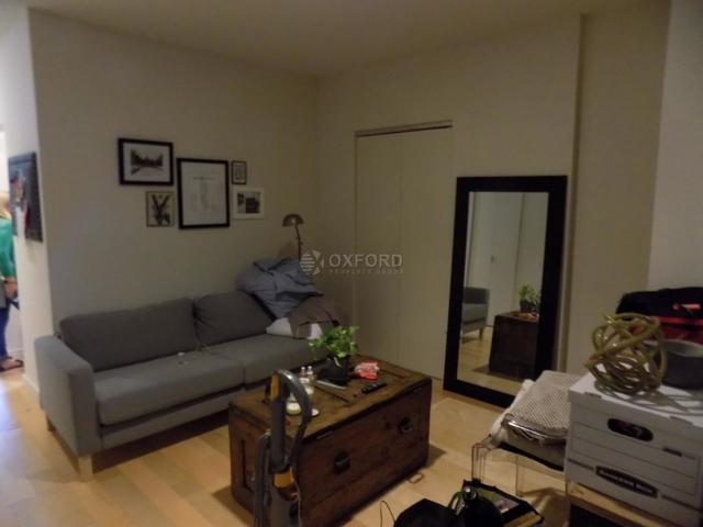 2 Bedrooms, Financial District Rental in NYC for $4,300 - Photo 1