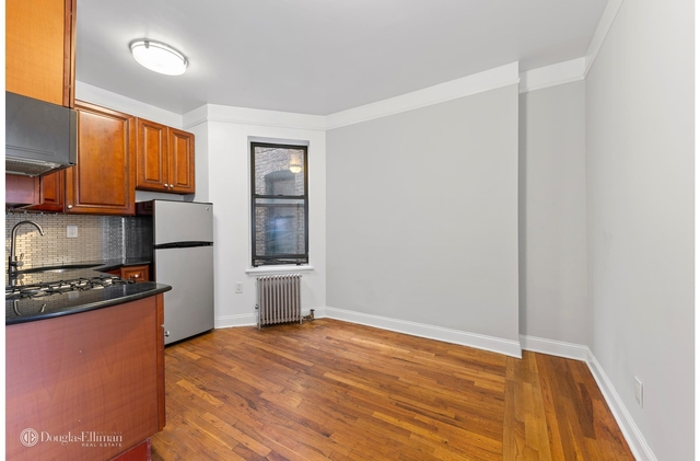 2BR at 73 Thompson St - Photo 1