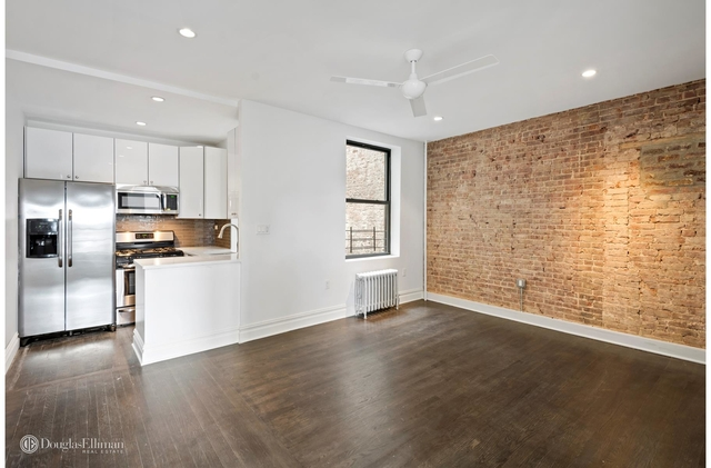 2 Bedrooms, Greenpoint Rental in NYC for $3,483 - Photo 1