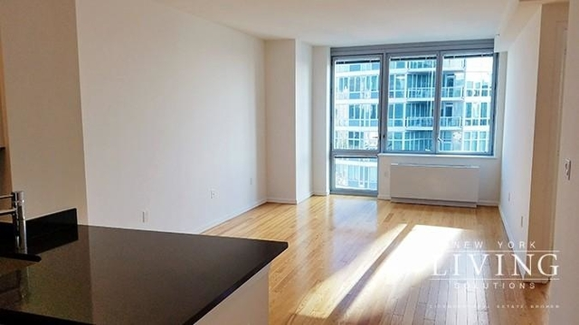 Studio, Hunters Point Rental in NYC for $2,647 - Photo 2