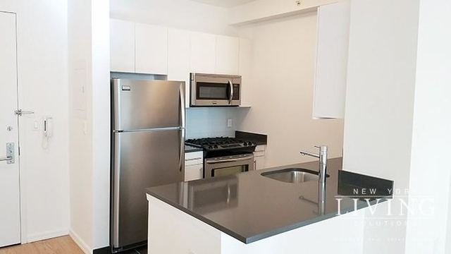 Studio, Hunters Point Rental in NYC for $2,647 - Photo 1