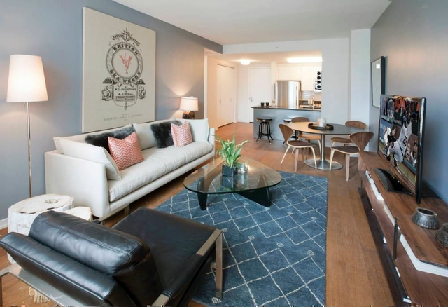 2 Bedrooms, Hunters Point Rental in NYC for $4,207 - Photo 2