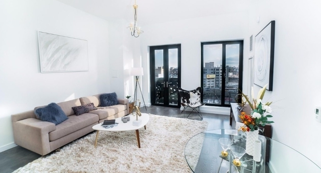 2 Bedrooms, Hunters Point Rental in NYC for $3,697 - Photo 1
