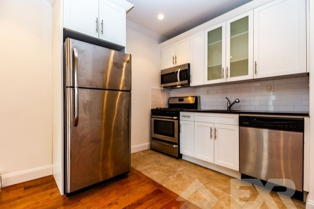 3 Bedrooms, Ocean Hill Rental in NYC for $2,650 - Photo 1