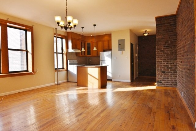 3 Bedrooms, Manhattan Terrace Rental in NYC for $2,560 - Photo 2