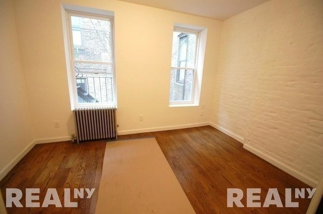 2 Bedrooms, Lower East Side Rental in NYC for $3,199 - Photo 2