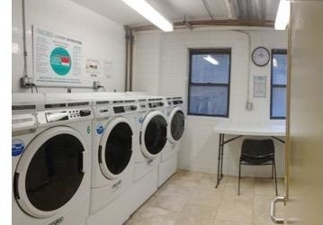 3 Bedrooms, Chinatown Rental in NYC for $5,675 - Photo 2