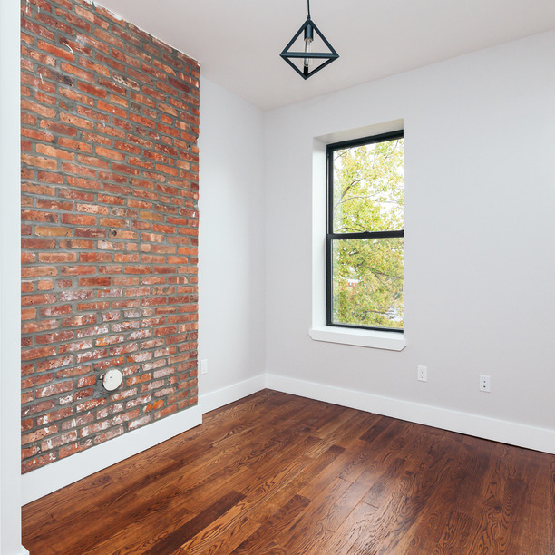 Room, Ridgewood Rental in NYC for $1,025 - Photo 2