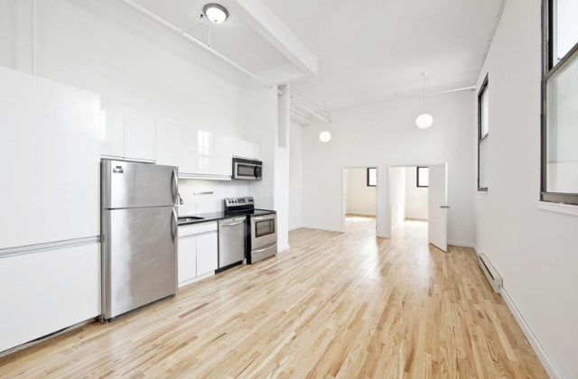 3 Bedrooms, Williamsburg Rental in NYC for $4,265 - Photo 1