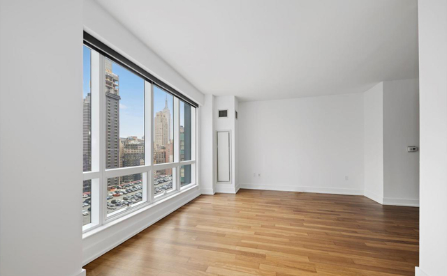 Studio, Garment District Rental in NYC for $2,495 - Photo 1