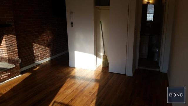 Studio, Yorkville Rental in NYC for $1,785 - Photo 2