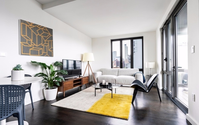 2 Bedrooms, Long Island City Rental in NYC for $3,505 - Photo 2