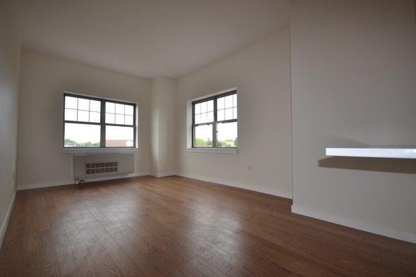 1 Bedroom, Kew Gardens Hills Rental in NYC for $1,970 - Photo 1