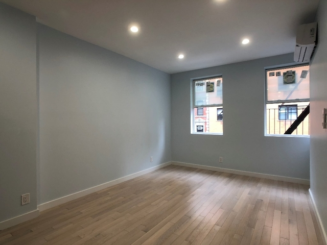 2 Bedrooms, Chinatown Rental in NYC for $3,400 - Photo 1