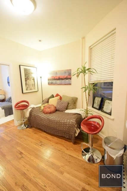 1 Bedroom, East Village Rental in NYC for $2,395 - Photo 2