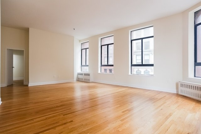 2 Bedrooms, NoHo Rental in NYC for $6,750 - Photo 2
