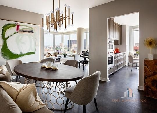 2 Bedrooms, Yorkville Rental in NYC for $8,200 - Photo 1