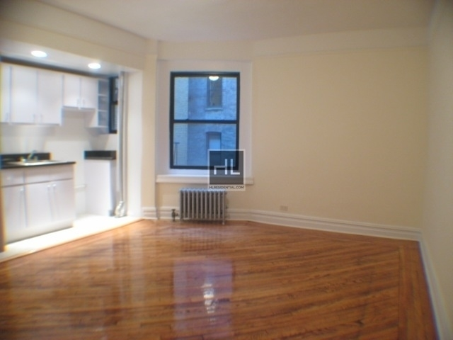 1 Bedroom, Sunnyside Rental in NYC for $1,825 - Photo 2
