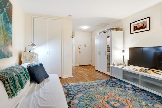Studio, Gramercy Park Rental in NYC for $2,640 - Photo 2