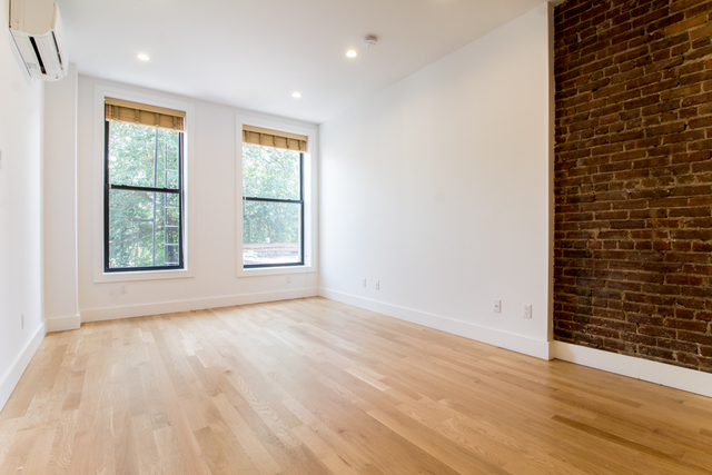 2 Bedrooms, Greenpoint Rental in NYC for $3,450 - Photo 1