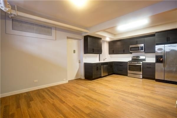 3 Bedrooms, Washington Heights Rental in NYC for $3,306 - Photo 2