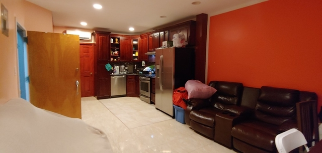 3 Bedrooms, Greenwood Heights Rental in NYC for $2,700 - Photo 1