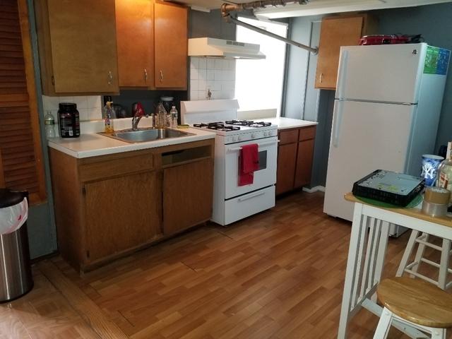 Studio, Van Nest Rental in NYC for $1,150 - Photo 2