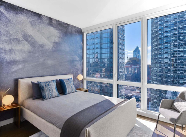 2 Bedrooms, Hell's Kitchen Rental in NYC for $6,960 - Photo 2