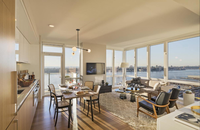 2 Bedrooms, Hell's Kitchen Rental in NYC for $6,960 - Photo 1