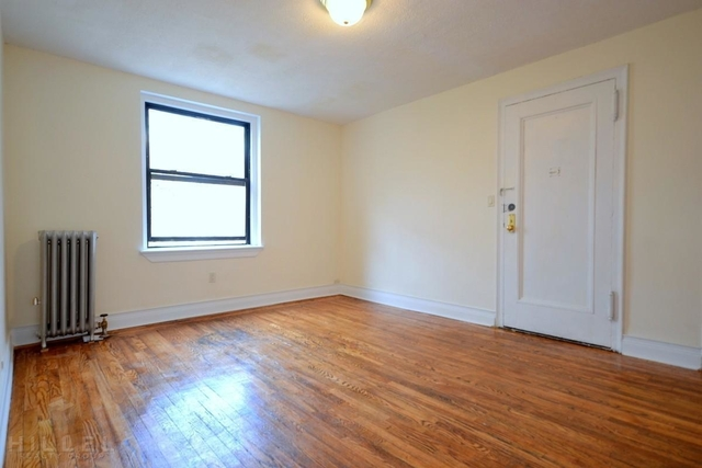 3 Bedrooms, Sunnyside Rental in NYC for $2,900 - Photo 1