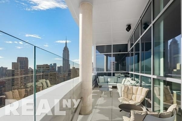 1 Bedroom, Murray Hill Rental in NYC for $4,675 - Photo 2
